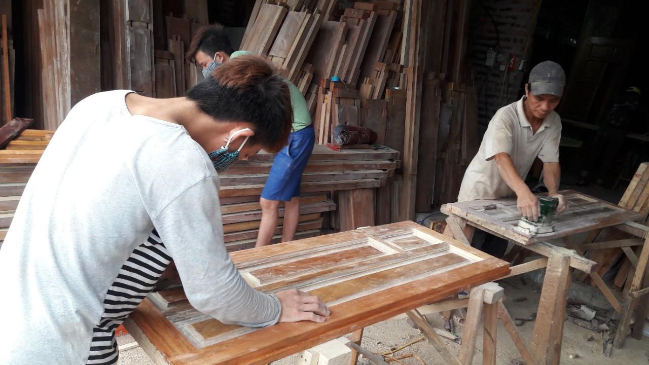 Xưởng gỗ Vinh Bảy